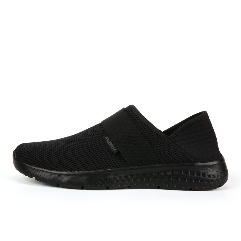 ON THE HEEL - BLACK